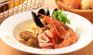 イタリアサルディーナ産カラスミと魚介のペスカトーレ・ビアンコ